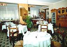 The restaurant-room
